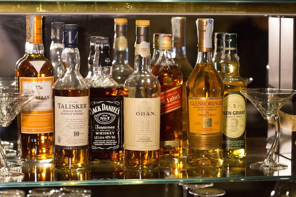 Whisky Te Water Door Slijterij Henk Peter
